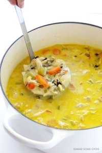 curried chicken and wild rice soup. looks so tasty and yummy!