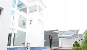 linda ikeji in a how multi million mansion